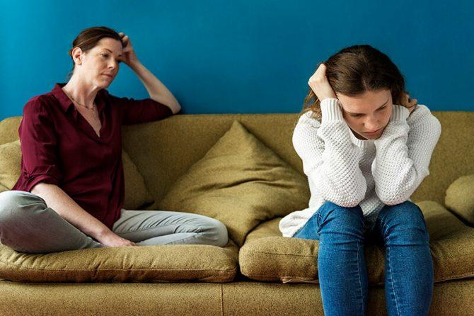 هل استخدام المخدرات ناتج عن سوء تربية الأطفال أو تأثير المجتمع؟