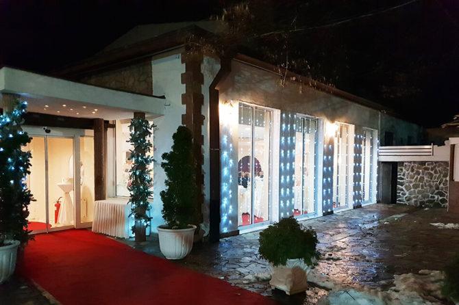 Vitin e suksesshëm në punë e rrumbullakuam me një festë në restorantin Filmski Grad