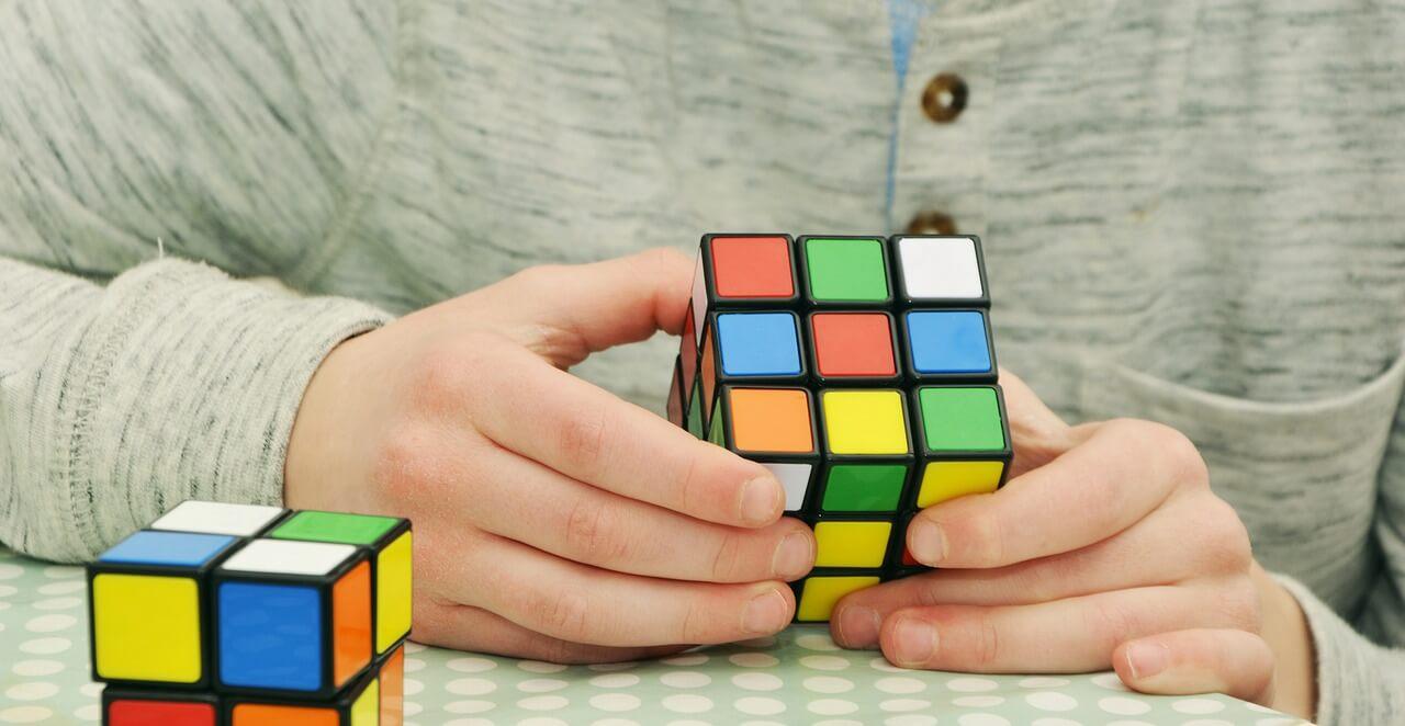 rubikova-kocka-terapija